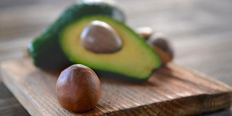 Como aproveitar o caroço do abacate