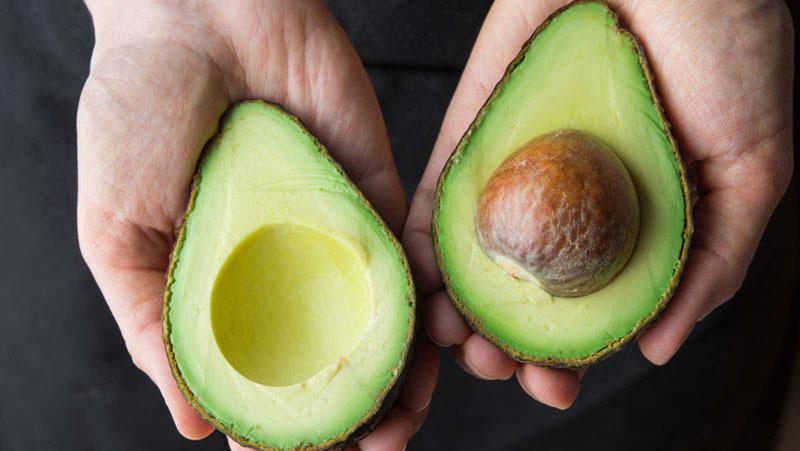 Diferença entre abacate e avocado